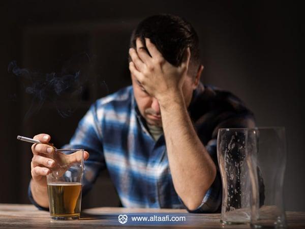 هل يسبب شرب الخمر الإدمان
